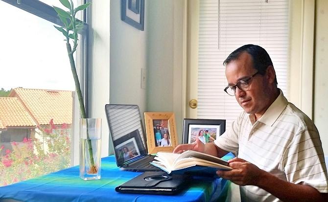 Julián Marulanda lucha desde el exilio por demostrar su inocencia