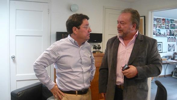 El Exvicepresidente Francisco Santos y Ricardo Puentes (Foto Periodismo Sin Fronteras)