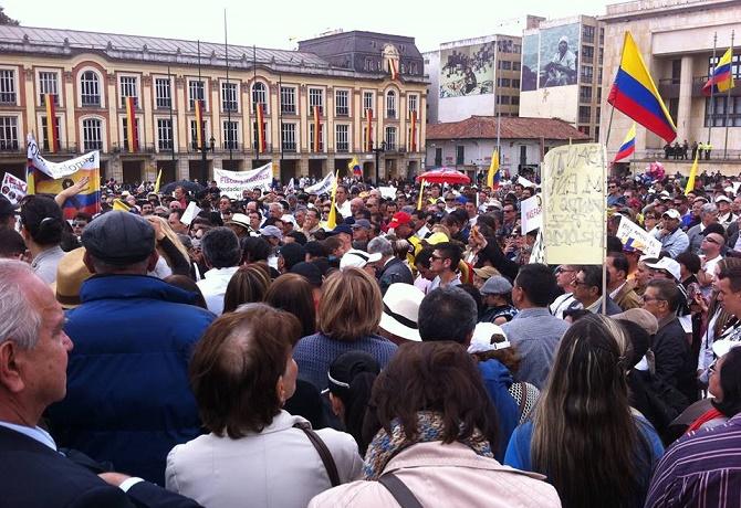 Marcha en Bogotá. (Foto Mauricio Granados)