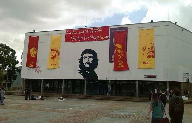 ¿Qué saben los mamertos sobre el comunismo? (En la Foto: eterno homenaje al Che Guevara en la Universidad Nacional)