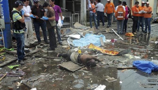 JUECES Y ONG AL SERVICIO DEL TERRORISMO