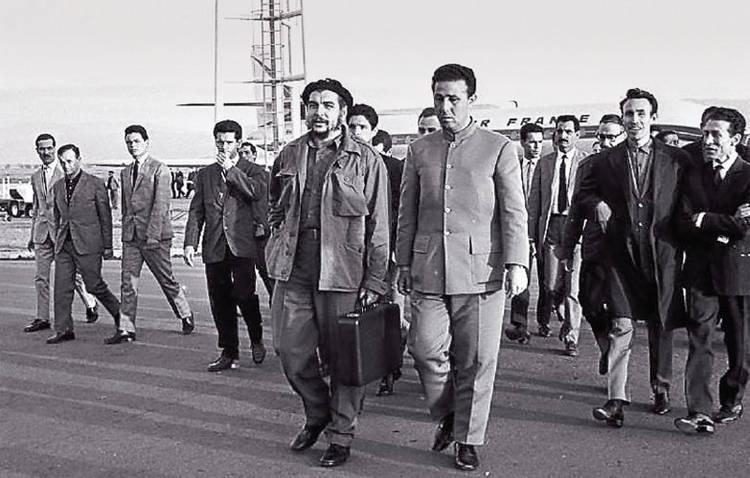 Che Guevara en la Argelia de Ben Bella
