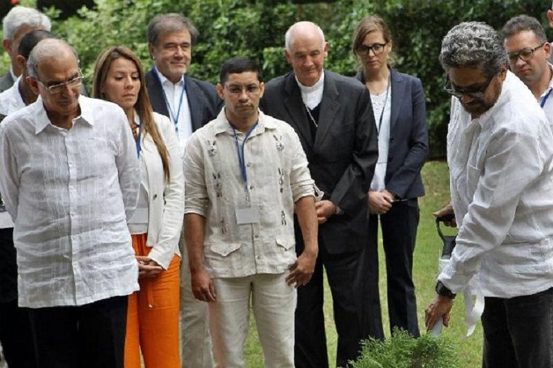 EL CÁNCER Y LAS FARC