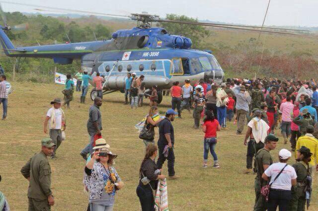 En El Diamante, Caguán, las FARC también hicieron proselitismo armado, con la ayuda de la Cruz Roja