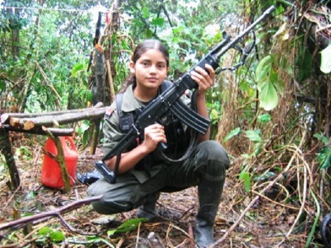 2,000 niños son esclavos sexuales y combatientes en los campamentos de las FARC