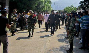 LAS FARC INSISTEN EN SER UN PARTIDO ARMADO