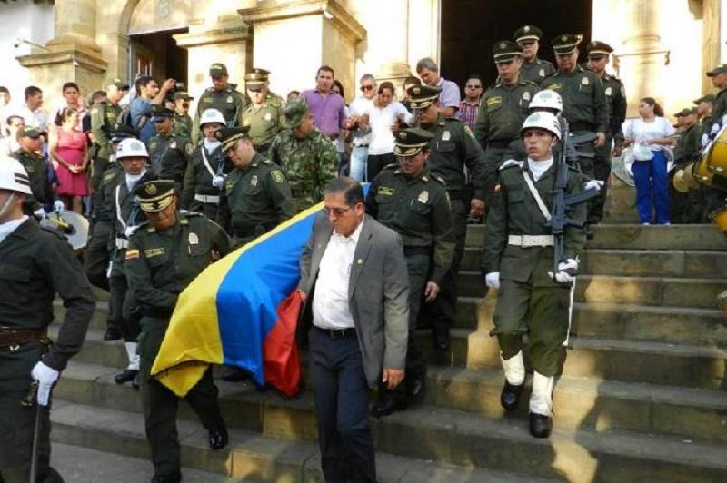 VÍCTIMA DE LOS TERRORISTAS DE FARC SE NIEGA A SALUDAR A JUAN MANUEL SANTOS