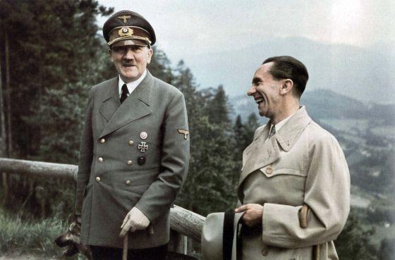 """""""¡Los únicos socialistas verdaderos de Alemania, de toda Europa, somos nosotros!"""". Goebbels"""