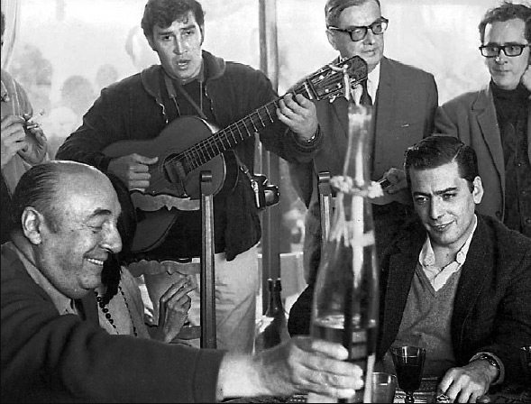 Vargas Llosa y Pablo Neruda