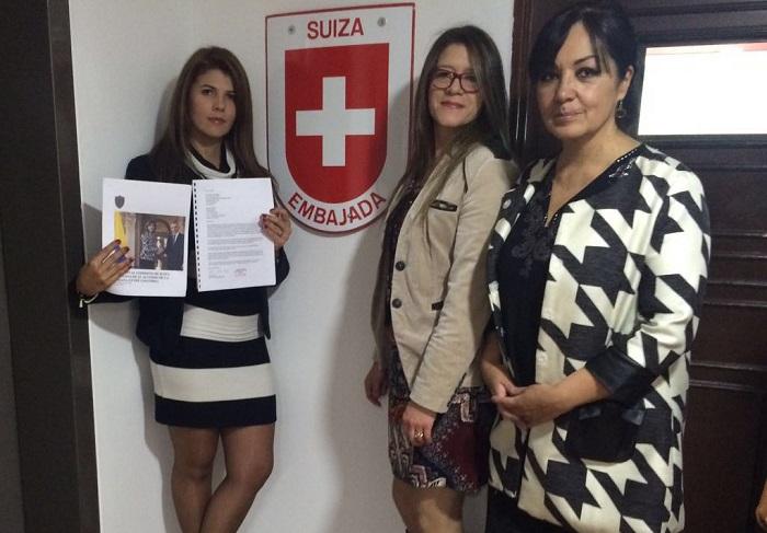 Varios ciudadanos se unieron para hacer llegar una petición al gobierno suizo