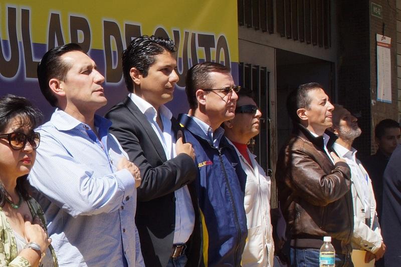 Fernando Balda adhiere a la candidatura de Andrés Páez