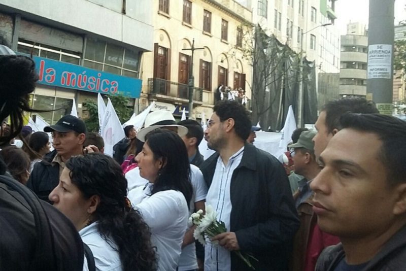 CON MÉTODOS CHAVISTAS SE PRETENDE DESCONOCER RESULTADO DEL PLEBISCITO EN COLOMBIA