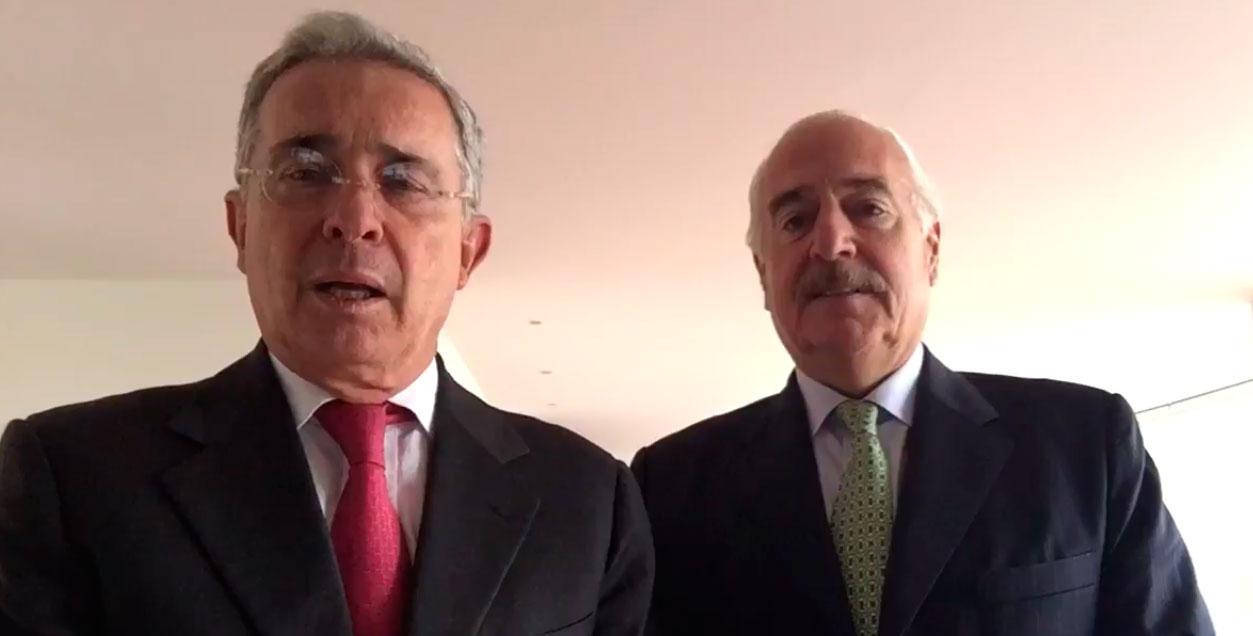 Álvaro Uribe et Andrés Pastrana