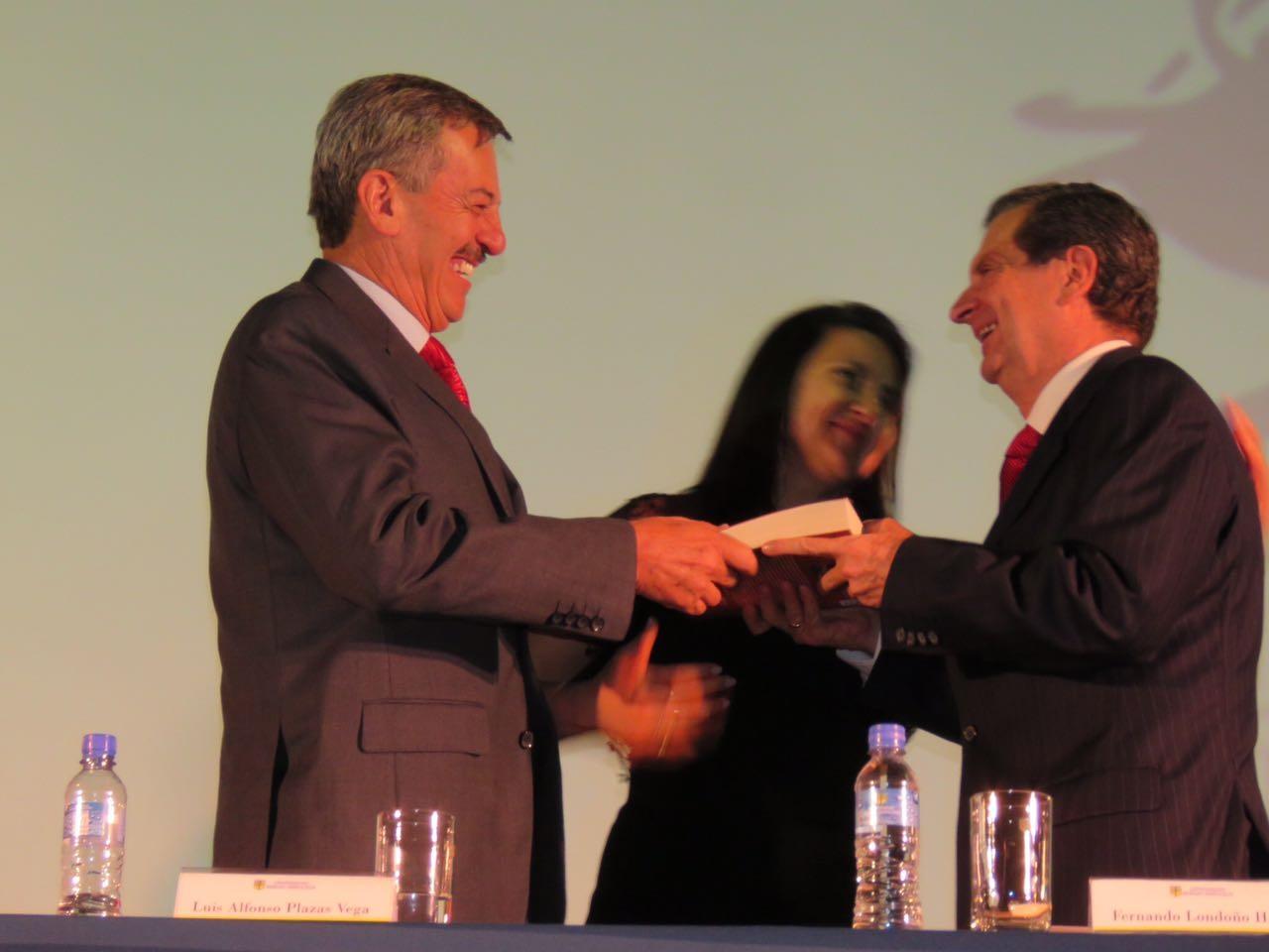 Alfonso Plazas Vega y Fernando Londoño