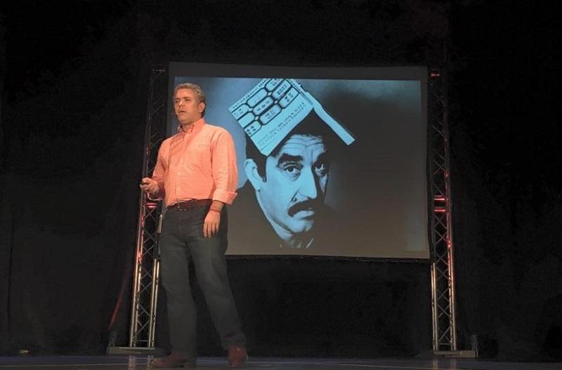 Iván Duque disertando sobre otro de sus íconos: García Márquez