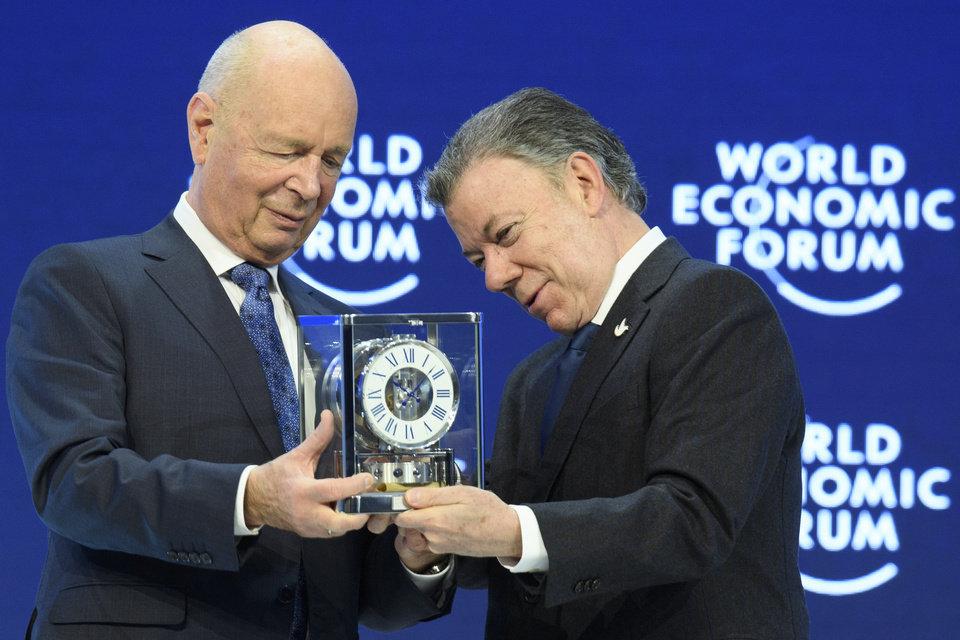 Juan Manuel Santos, premiado del Global Statesmanship Award del WEF