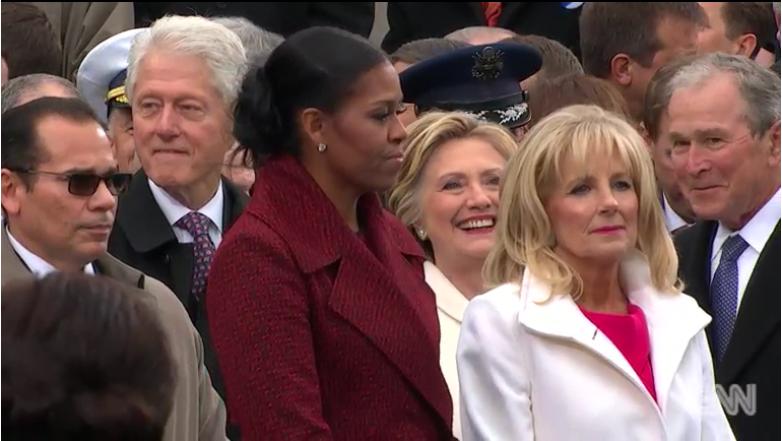 Los Clinton, Michelle Obama y George W. Bush, que irradiaba dicha