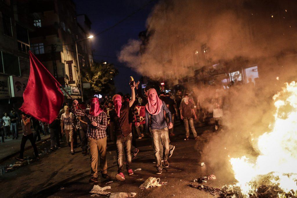 Turquía, bajo ataques terroristas de ISIS y separatistas