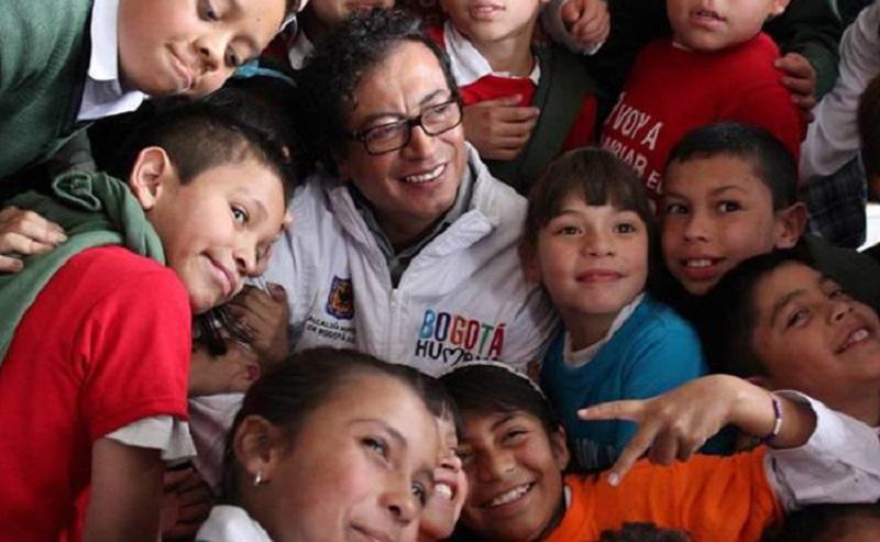 ALCALDÍA DE PETRO PERVIERTE A NIÑOS BOGOTANOS