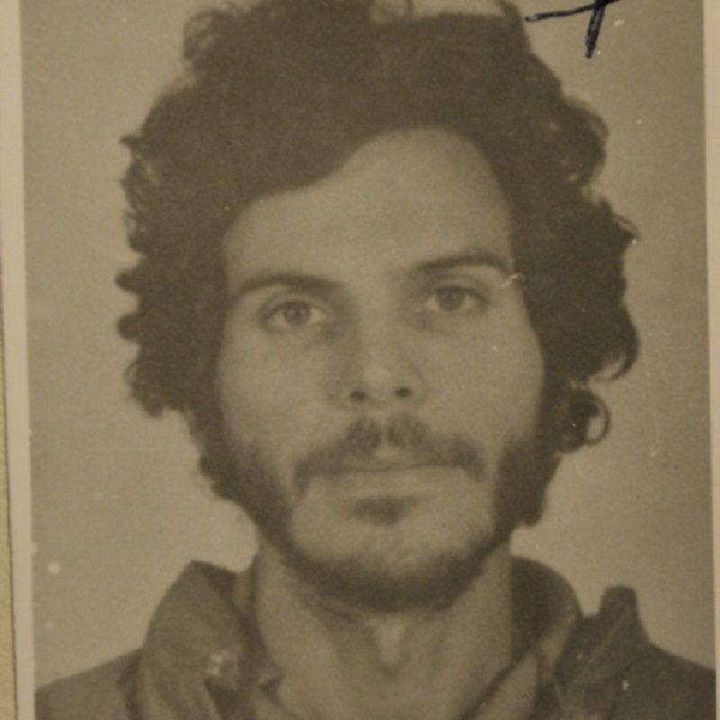 """CARLOS PIZARRO, """"CARROLOCO"""", DE ASESINO A HÉROE NACIONAL"""