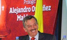 MANTENIENDO LA DEMOCRACIA, MAESTRO